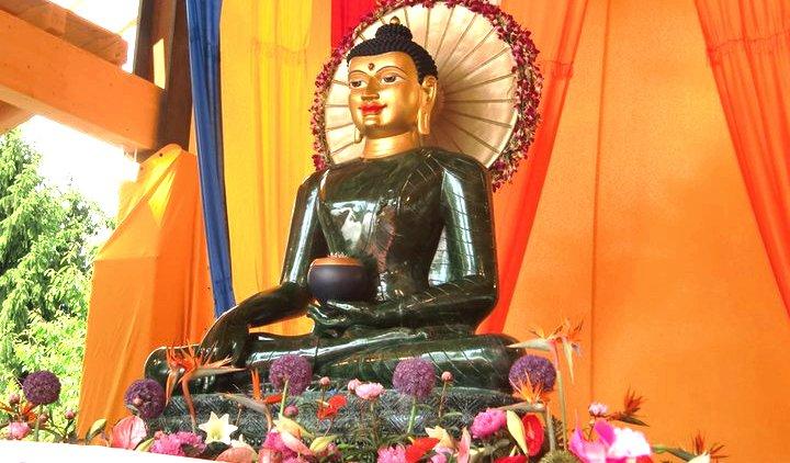Jade Buddha Samstag